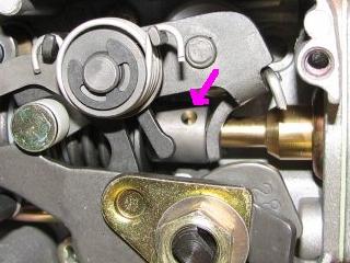 [TUTO] Fonctionnement et réglage carburateur solex 34-34 Z 1 T_img_0674_trou_blocage_rotation