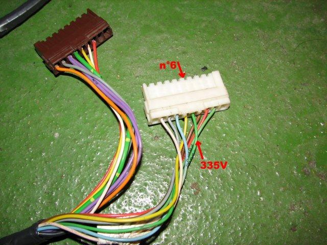 [TUTO] Installer un lève vitre séquentiel (conducteur) T_img_1354_faisceau_connecteurs_pied_porte
