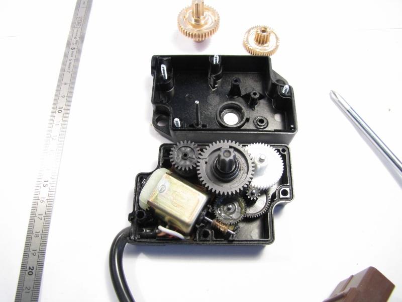 remplacement des engrenages plastique des motor ducteurs de clim par des engrenages en laiton. Black Bedroom Furniture Sets. Home Design Ideas